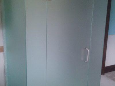 frosty shower unit